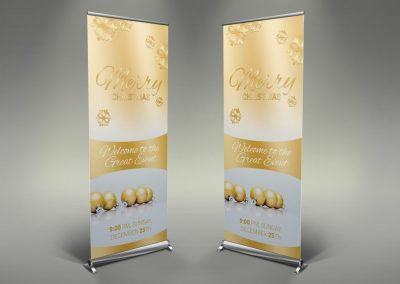 017 - Merry Christmas Roll Up Banner